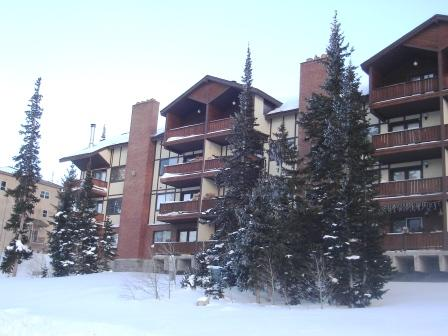 Evergreen Condominiums Unit C18